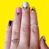 Cuticules Art: La tendance à reporter Nail Art