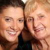 GlamourGals Rend Relooking aux femmes âgées