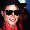 Michael Jackson, la chirurgie plastique et du propofol