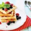 Recette: végétalienne entiers Gaufres de blé avec Chia Berry Sauce