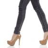 Désolé mesdames, Skinny Jeans et talons hauts peuvent être mauvais pour votre santé