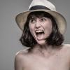 This Is What (volontaire) de la douleur ressemble à: Personnes Topless Mise Tasered