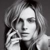 Transgenre Modèle Andreja Pejic est Make Up For Ever nouveau visage