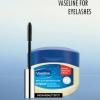 Utilisez de la vaseline pour les longs cils plus épais
